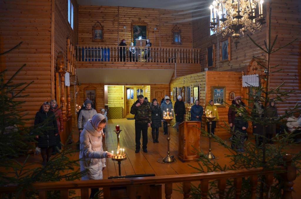 Божественная литургия в Хиславичах. Благодарственный молебен