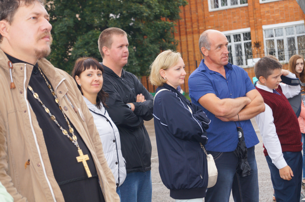 Акция «Молодёжь против террора» прошла в Монастырщине