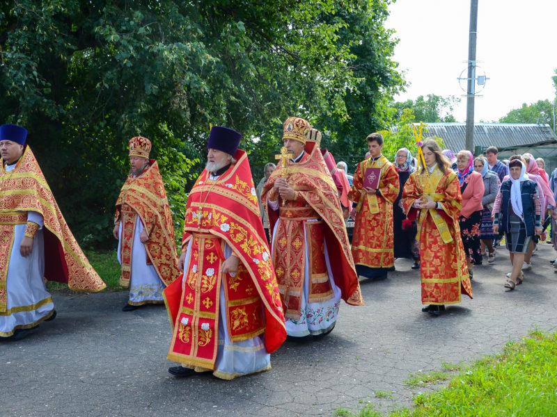 Архиерейское богослужение в Хиславичах. Престольный праздник Борисоглебского храма